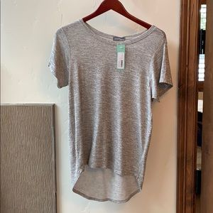 Sweaters - Stitch fix hi lo short sleeve t shirt